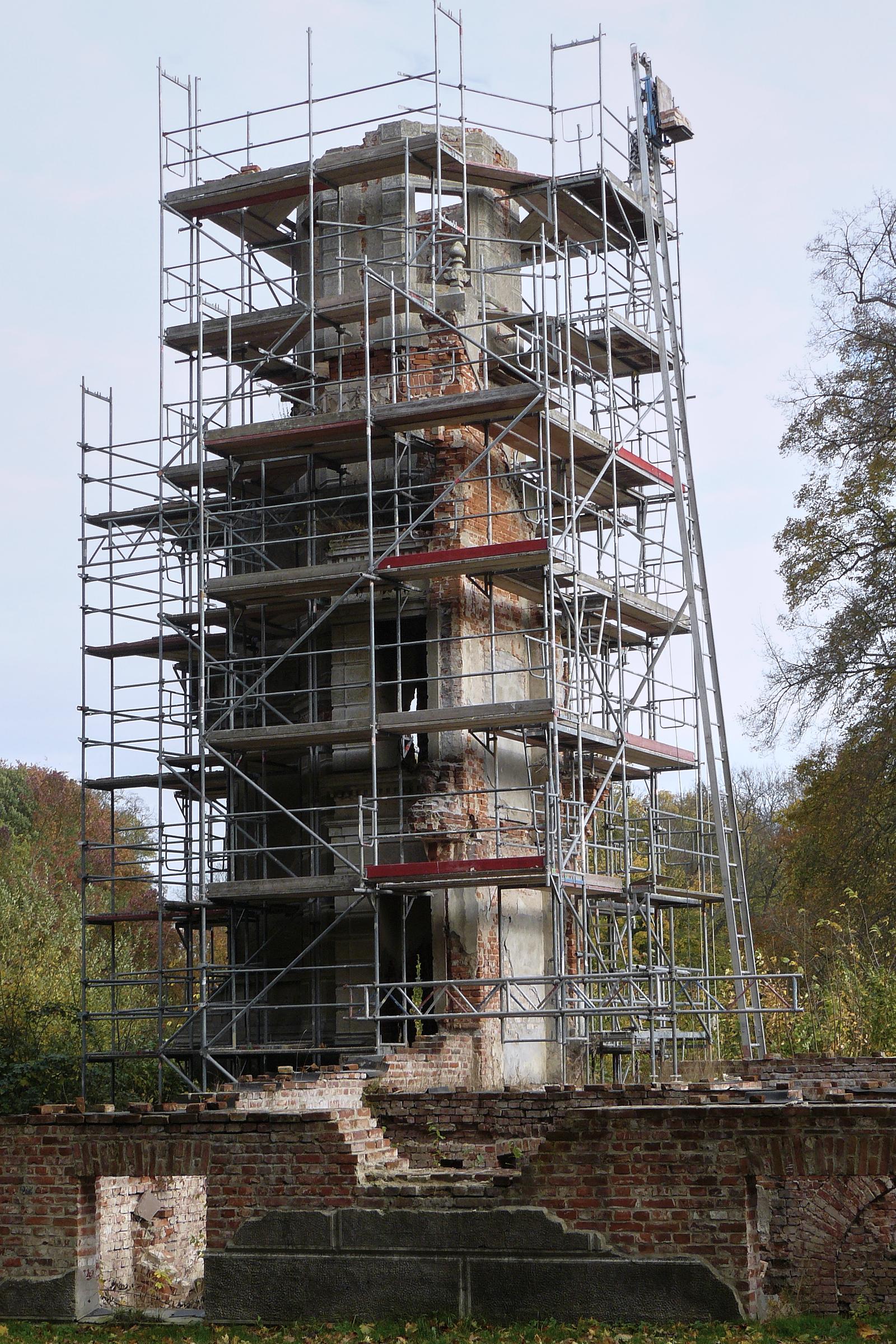 Restaurierung des Schlossturms