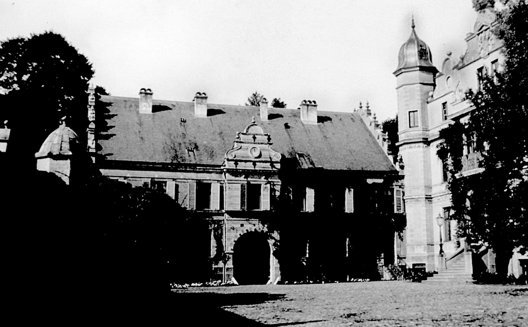 Torhaus von Osten